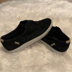 Ecco canvas sneaker with zip front